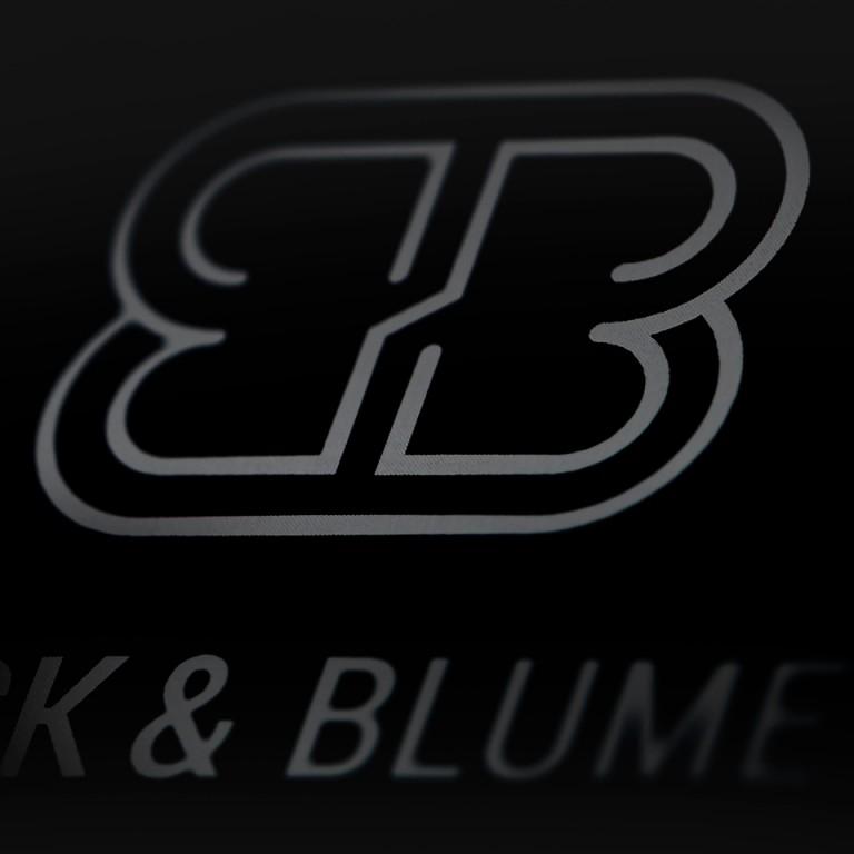 Dres. </br> Back &#038; Blume